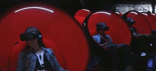 电影院现有VR专用座椅 坠机感觉原来是这样