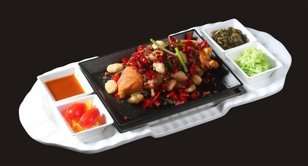 重庆有家猪蹄主题餐厅 现2.8折即可享受