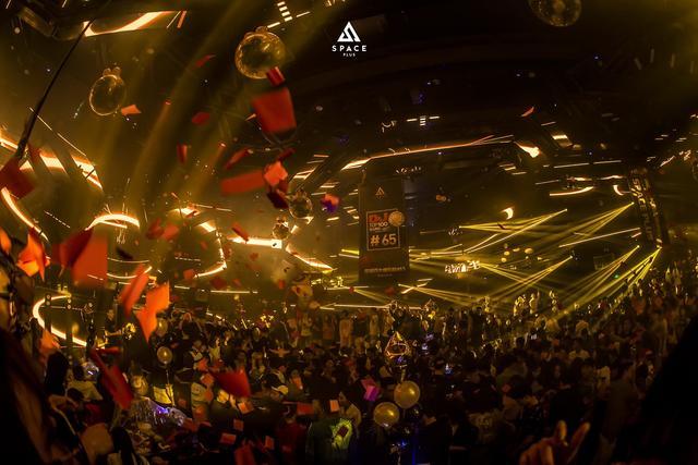 厉害了!重庆终于诞生了第一家百大club