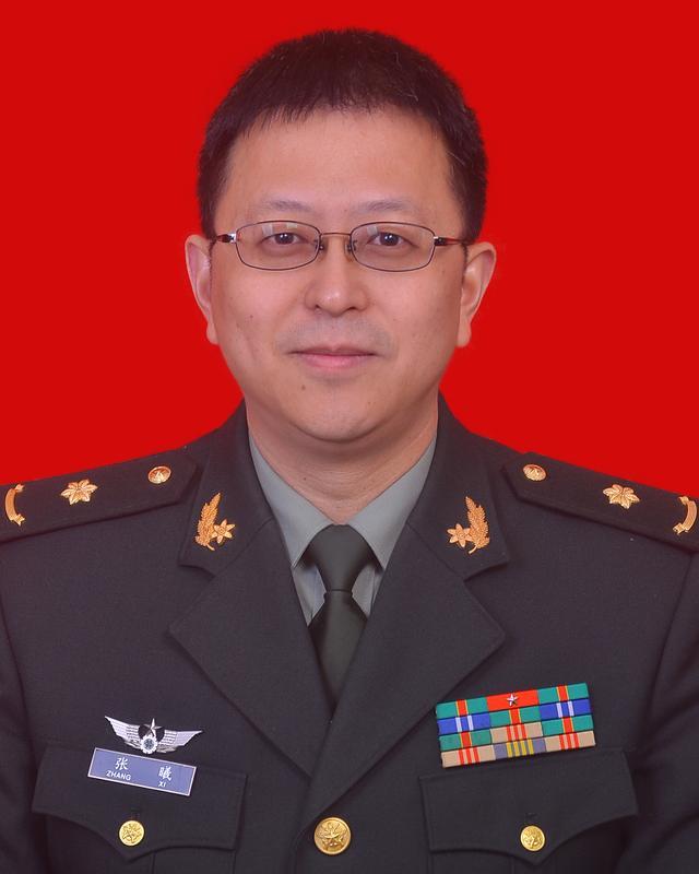 腾讯大渝网第八届医者仁心评选重庆名医评委:张曦