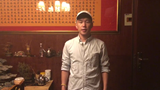 敖日其楞为参加《星光大道》重庆赛区选拔赛的选手加油