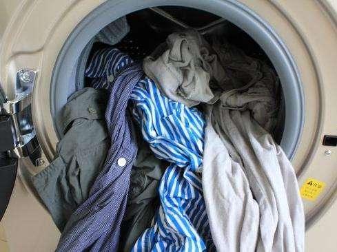 生活常识:如何避免洗衣机洗衣缠绕?