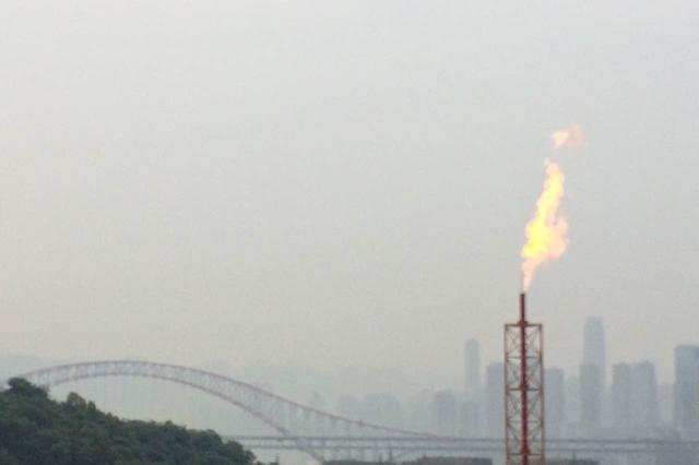 江北天然气储配站10日开罐安检 看到火焰不要惊慌