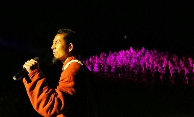 我是邓坤安:在印象武隆一唱就是1800多场