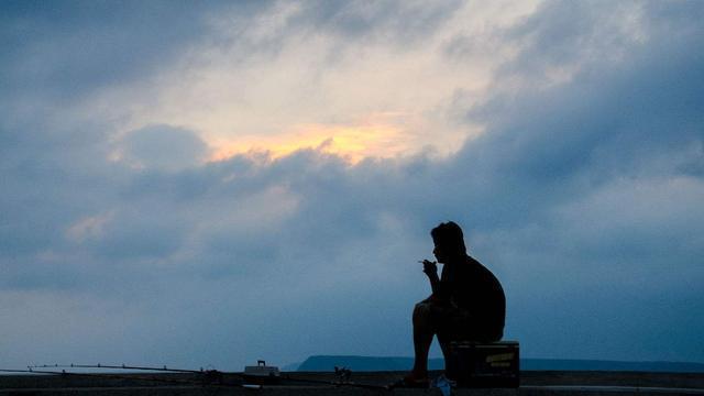 薛逢的这首古诗 是我们很多人的真实写照