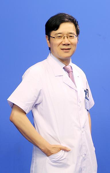 重庆爱尔眼科医院总院主任医师赵敏