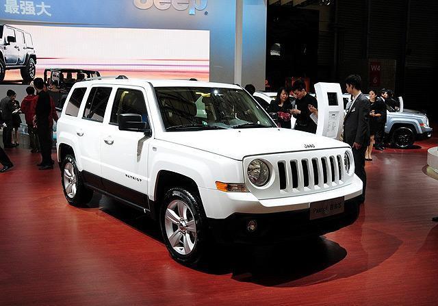 [新车上市]Jeep改款自由客售22.99-27.69万