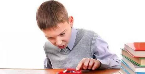 孩子为何总是注意力不集中?
