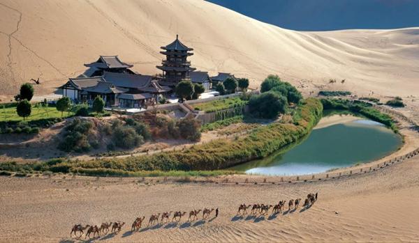 酒泉携6大旅游线路走进重庆 邀游客领略丝路美景