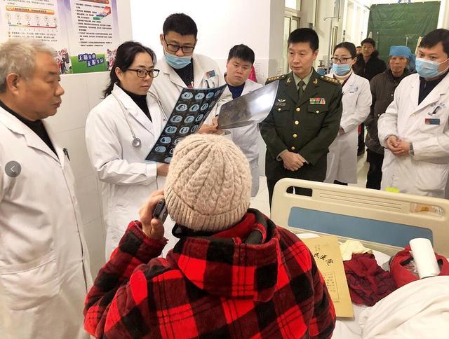 新桥医院雪中送暖帮扶送到安徽萧县