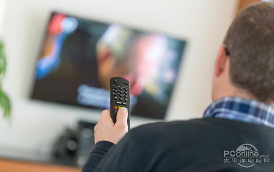 让老电视重生的秘诀 一台高性能的电视盒子