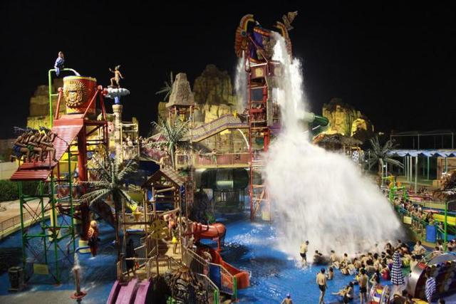 9元耍重庆玛雅海滩水公园夜场图片
