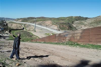 美墨1千公里隔离墙或烂尾 因法律纠纷环评质疑