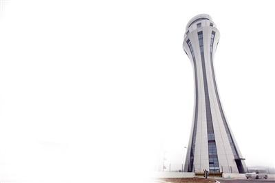 新T3塔台正式投用 可360度打望重庆机场全景