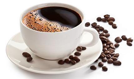 """生病时少碰几种食物 咖啡会让你""""放水""""过量"""