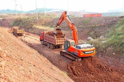 南阳大道新建工程快速推进 路基建设已经完成