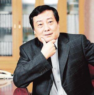 2012胡润百富榜公布 吴亚军蝉联白手起家女首富