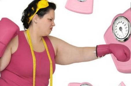 """少女半年减肥50斤后 3个月都不来""""大姨妈"""""""
