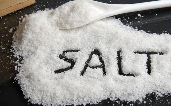 超市高价营养食盐纷纷下架 普通食盐更受青睐