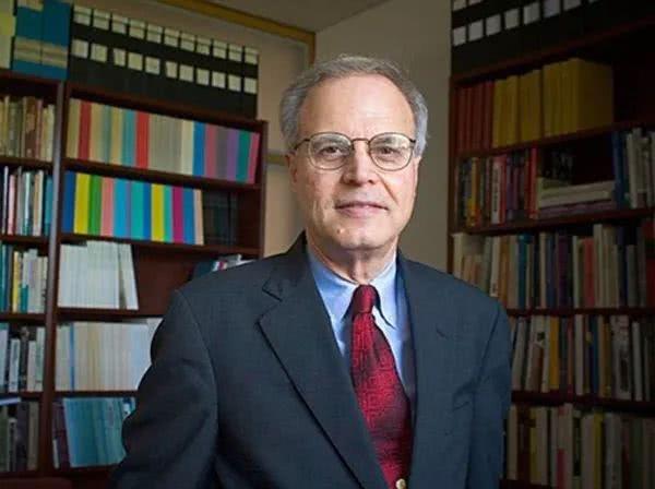 跨越37年的哈佛性丑闻:大学的进步与彷徨