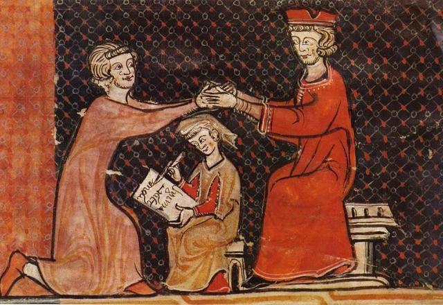 第一个部分是表示效忠,称臣者脱下帽子,放下武器,跪在主子面前,象征他图片