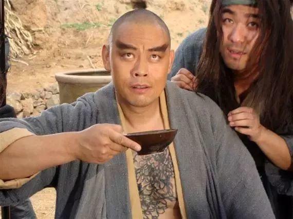 鸡屎也能泡?几千年来,中国人都把什么泡进酒里?