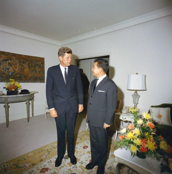政变、暗杀、反共:1959年美国在柬埔寨的秘密战