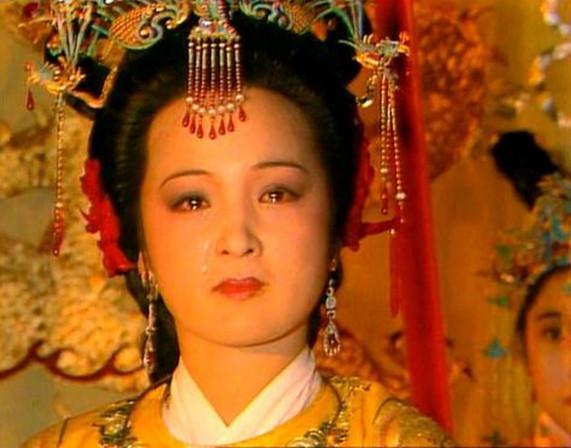 红楼梦里元春省亲为什么在夜里进行?