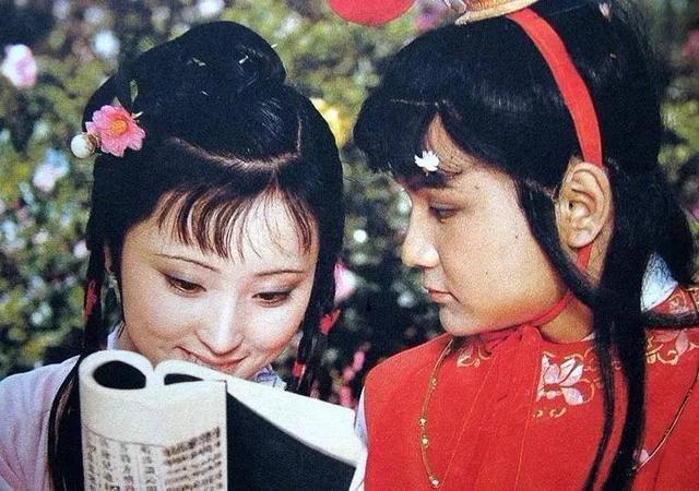 作家舒芜说红楼梦:贾宝玉为什么不喜欢读书?