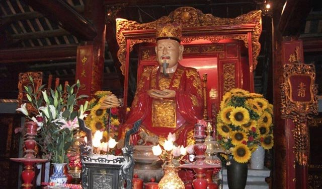 越南孔庙供奉的孔子像
