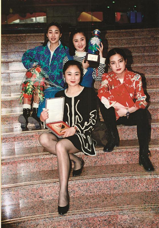 写在韩美林八十大展前:本性纯良