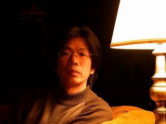专访陈东东:诗人以其诗歌写作纠正历史