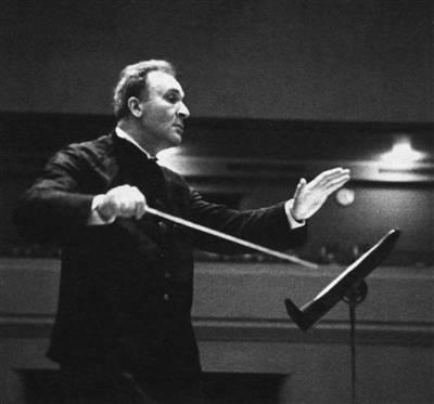 """莫扎特的音乐再欢欣,也未逃过权力的黑暗改造"""""""