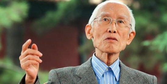 余光中85岁了,一转眼,他的《乡愁》已为游子们传唱了40余年。