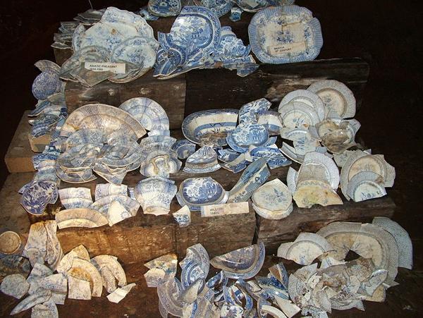 长在英国的中国柳树:凄美爱情故事是为了促销瓷器?
