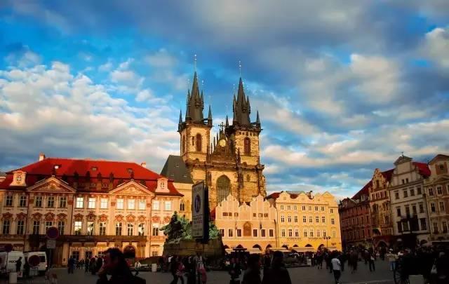 陈丹燕:布拉格,最爱披头士的城市