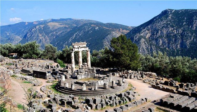 德尔菲神庙遗迹