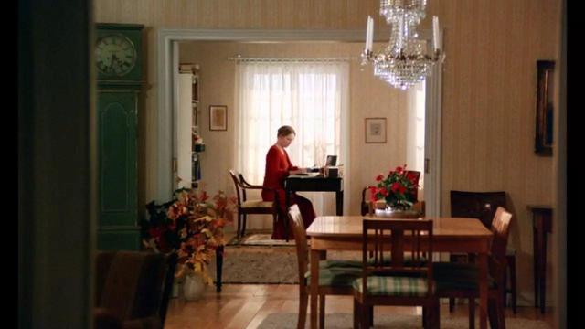 家居起居室设计装修640_360卧室窗帘红色装修有什么讲头图片