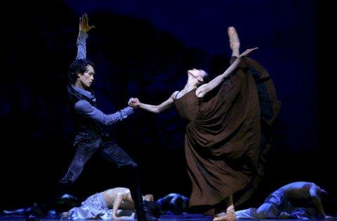 芭蕾《简·爱》再现名著神韵