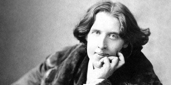 奥斯卡・王尔德是19世纪英国最伟大的文学家之一。