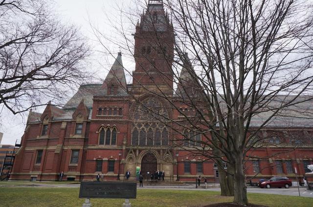 哈佛大学前校长:大学如何赢得未来的挑战?