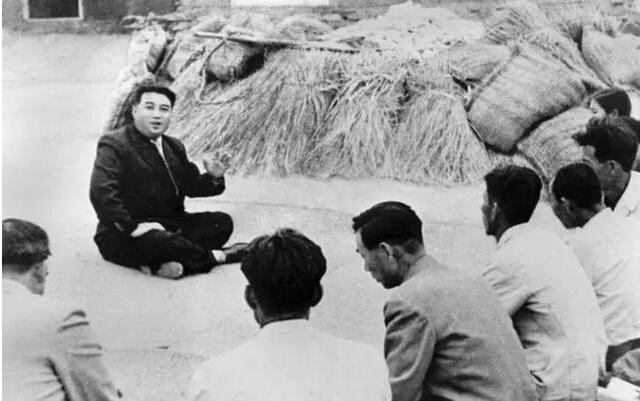 ...指挥问题.虽然朝鲜人民军已基本被打垮但战争仍在朝鲜境内...