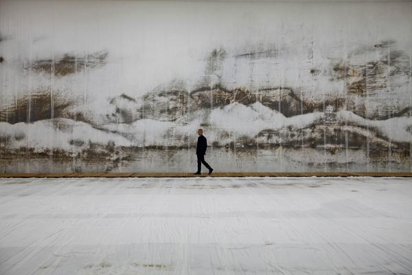 蔡国强:艺术是把错误的东西放一起做成正确的