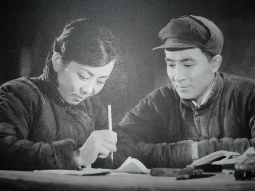 【禁区年谱】萧也牧与新中国文坛第一场批判运动
