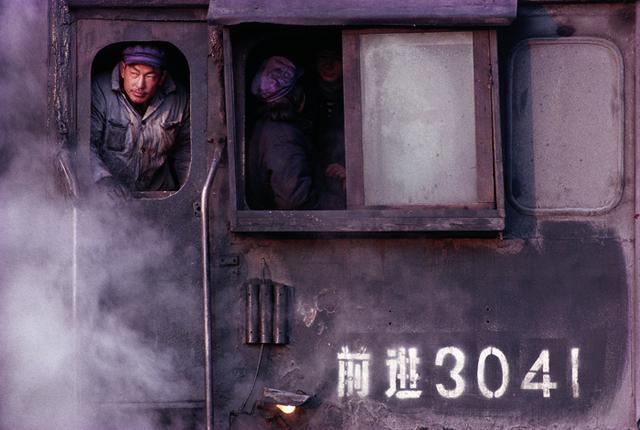 阎雷:中国铁路跟上世纪八十年代完全不一样了
