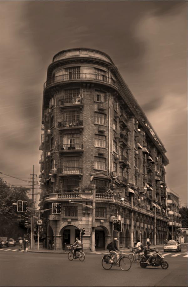 """""""邬达克""""的名字聚起一批老上海建筑爱好者"""