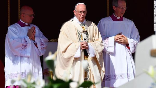 特蕾莎修女梵蒂冈封圣:天主教会如何遴选圣人