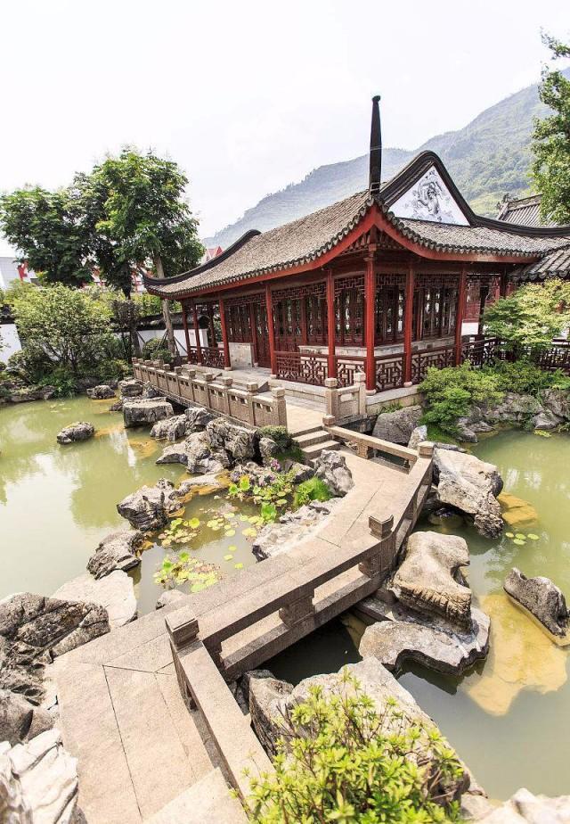 浅谈中国古典园林文化的历史及特色