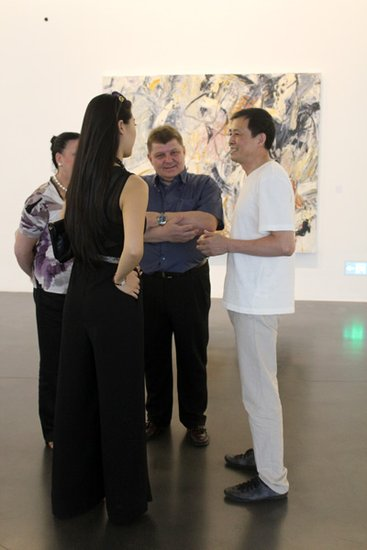 """苏东平抽象绘画个展""""法度 瞬间""""亮相中间美术馆"""