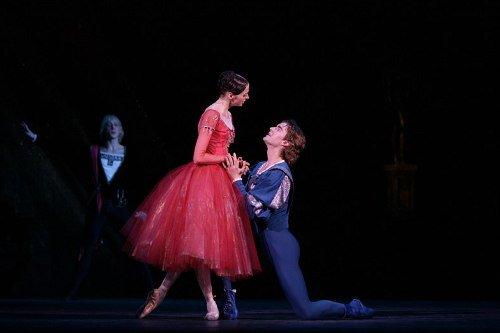 芭蕾《罗密欧与茱丽叶》再现莎翁经典